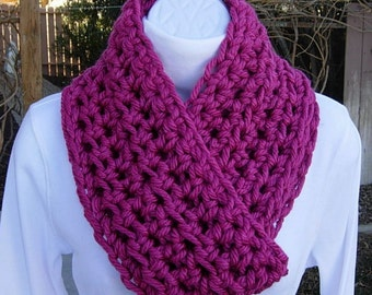 COWL SCARF Infinity Loop Dark Pink Solid Vibrant Fuchsia, Soft Bulky Acrylic, Thick Crochet Knit Winter Circle..Ready to Ship in 3 Days