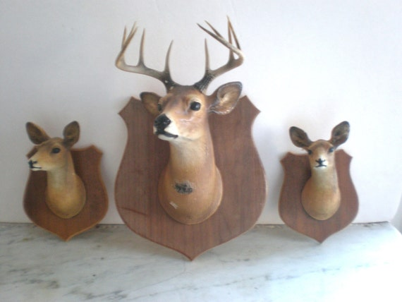 Vintage Deer Plaques by Orn-A-Craft 1945 /Set Three Pieces