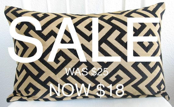SALE - Decorative pillow cover - 12x18 - Greek Key -  Fret - Black - Gold - Lumbar Pillow - Same fabric both sides