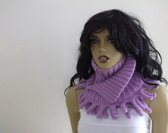 Violet scarf / hand knit neck warmers/ lilac cowl