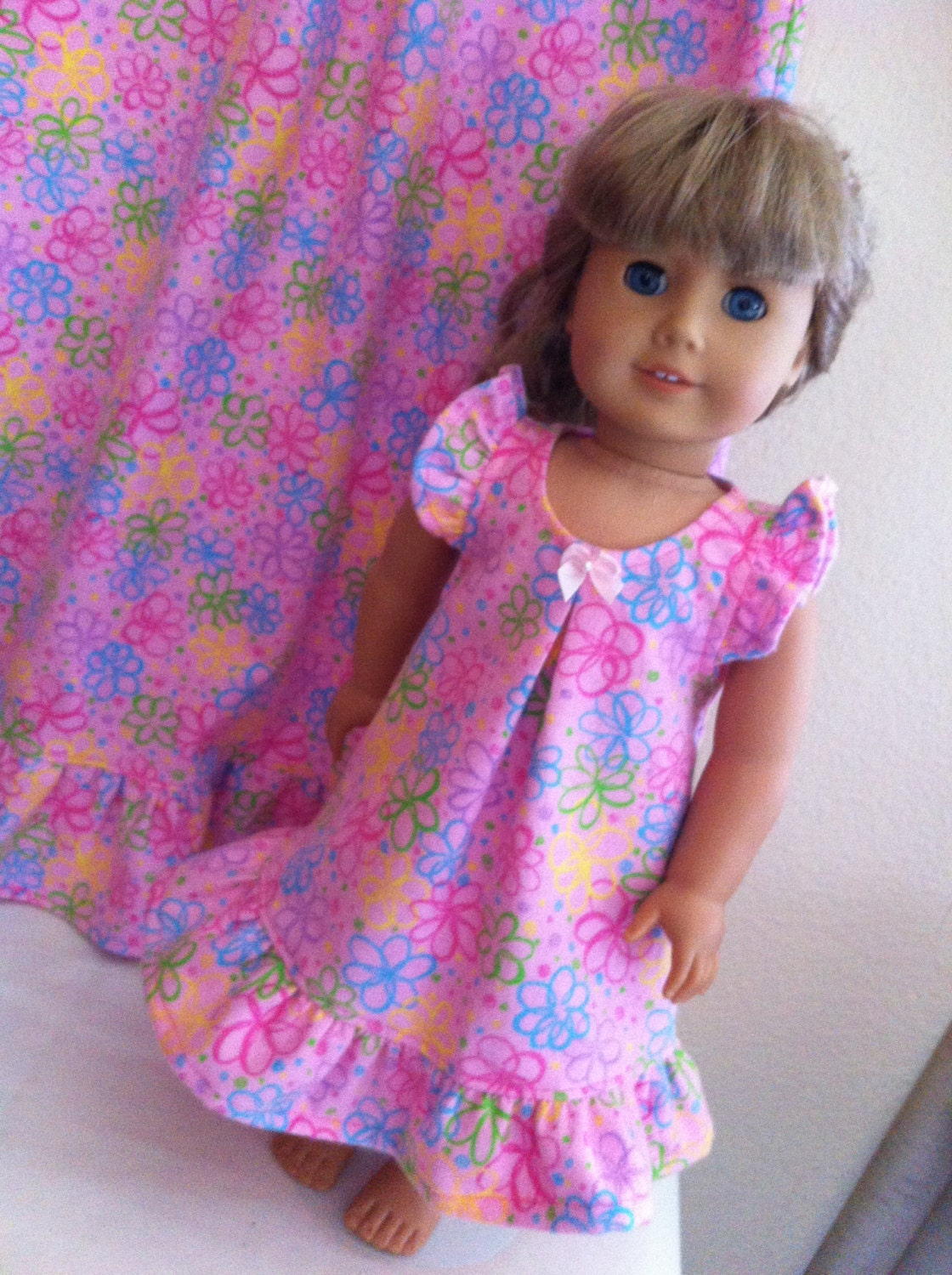Beautiful Dolls, Fashionable Clothes and Fun Accessories