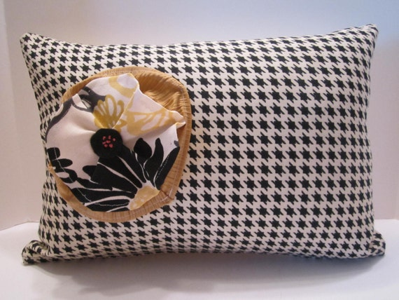 CLEARANCE - Lumbar Pillow Cover Black and White Houndstooth Check - Handmade Flower Accent