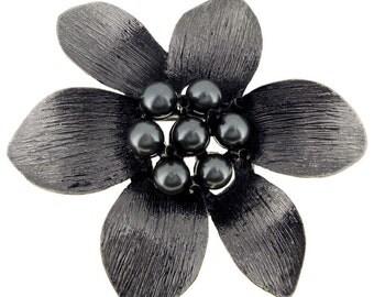 Dark Gray Pearl Flower Pin Brooch 1002092