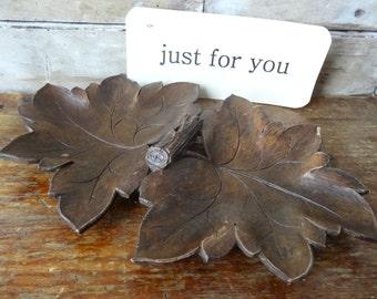 Vintage Wood Leaf Candy Bowl Made of Syroco Wood