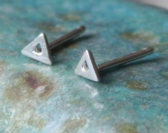 So tiny triangle stud earrings in sterling silver - nose studs - men studs - geometric studs
