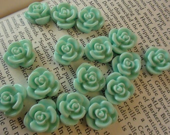 Mint Resin Flower Cabochon 15mm