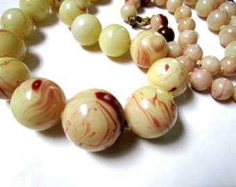 Vintage Yellow Cream Red Marbled Plastic Bead Necklace Long Vintage Necklace Swirling Natural Color Gift for Her under 25