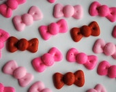 Cake Pop Decorations- Royal Icing Bows- Available in any color- Small Size- (25)