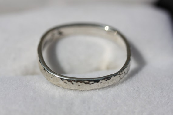Embossed Sterling Silver Wedding Band with a Rd Sq Ring Shank  Size 11.5
