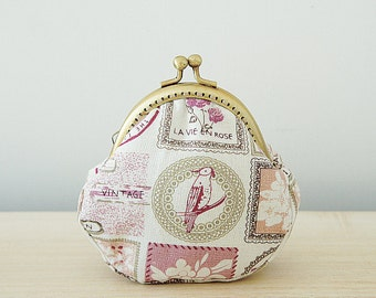 Coin Purse // Bird // Flowers // White and light red