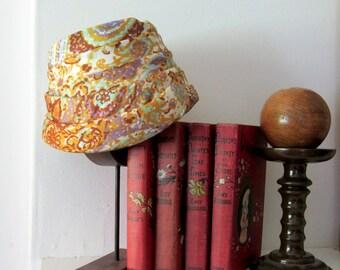 1960s turban / vintage turban / paisley hat / floral print hat