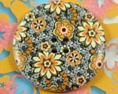 Large Wooden Buttons - Yellow Flower Blooms Picture Large Wood Buttons 1.58 inch. 6 in a set