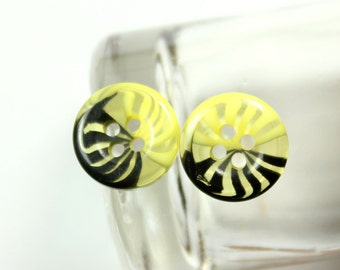 Lovely Plastic Buttons - Translucent Black and Lemon Yellow Color Fringe Plastic Buttons.  0.51 inch. 10 pcs