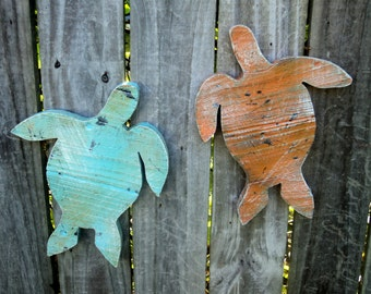 Rustic Wooden Sea Turtles, Beach-y Casual Cottage Decor, Up Cycled Weathered Wood Planks, MADE TO ORDER