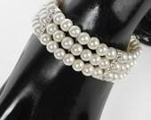 Corsage Bracelet - Duchess Flower - Champagne