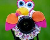 Lens Bling Pink Toucan