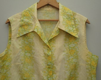 women's vintage 70's floral sleeveless top.