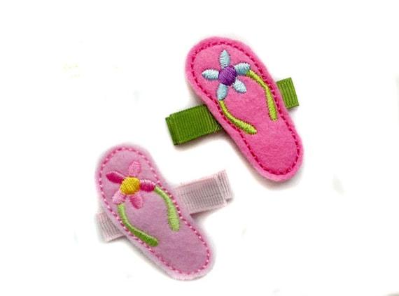 Flip Flops felt embroidered hair clip, sandals hair clip, felt hair clip, baby hair clip, girl hair clip.
