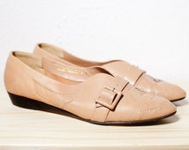 Vintage Nude Tan Taupe Womens Slip-Ons with Buckle Strap and Woven Details. Wedges. Flats. 8 1/2 N.