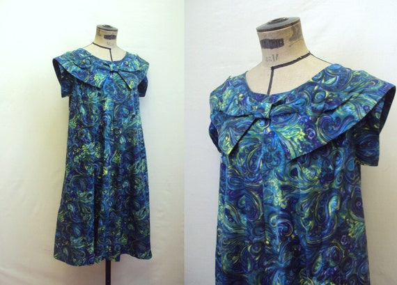 Rare 1950s maternity dress in abstract swirl cotton with bow, by Maxlin