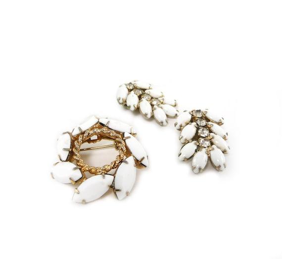 White milk glass brooch and earrings set, vintage