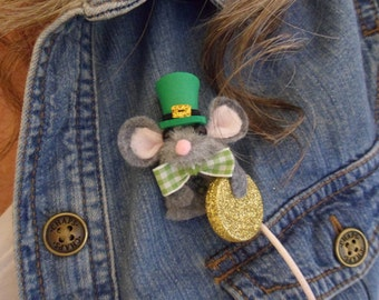St. Patrick's Day Mouse Brooch / finger puppet