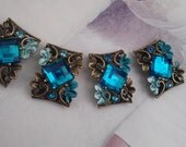 Teal Blue  Rhinestones Metal Beads  with  Flower and Leaves  Motif. 4 Pieces, Jewelry Supply, Buckles, Connectors.