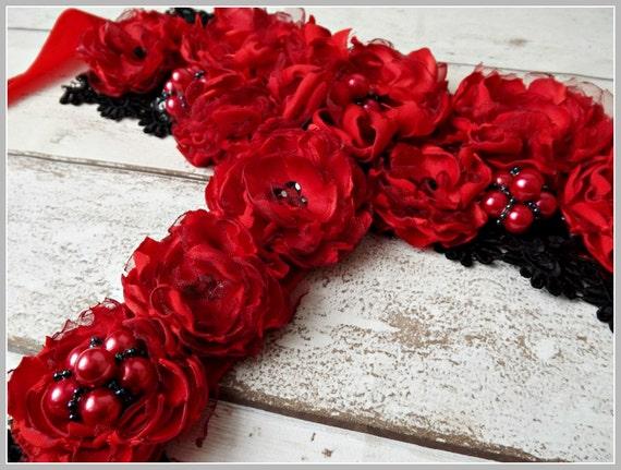 Red statement necklace, red choker , red necklace, satin flowers, satin flower necklace, red bib, flower neckpiece,  choker..