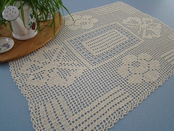 Filet crochet butterflies and roses table runner