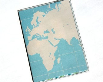 PASSPORT COVER - Clean and Simple World Map