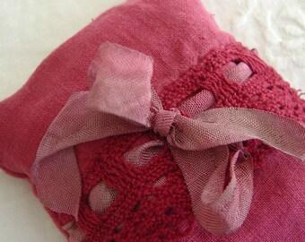 Lavender Eye Pillow - Bella Notte Coral Linen Crochet Trim