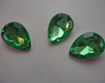 Kawaii green acrylic rhinestone waterdrop   3 pcs---USA seller