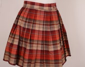 1960s Mini  Skirt Short / Plaid Brown Rust // Queen Casuals/ Schoolgirl / S - ladyscarletts