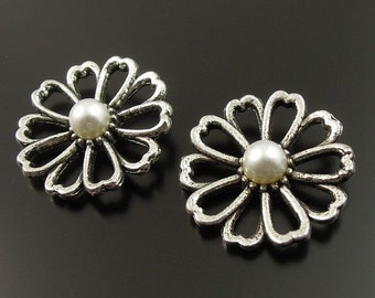 4 Daisies Charms Antique  Silver Tone with Replica Pearl Centers - SC1833