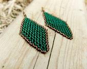 Emerald green diamond shape beadwork earrings. Geometric seed bead fashion jewelry, Holiday gift idea