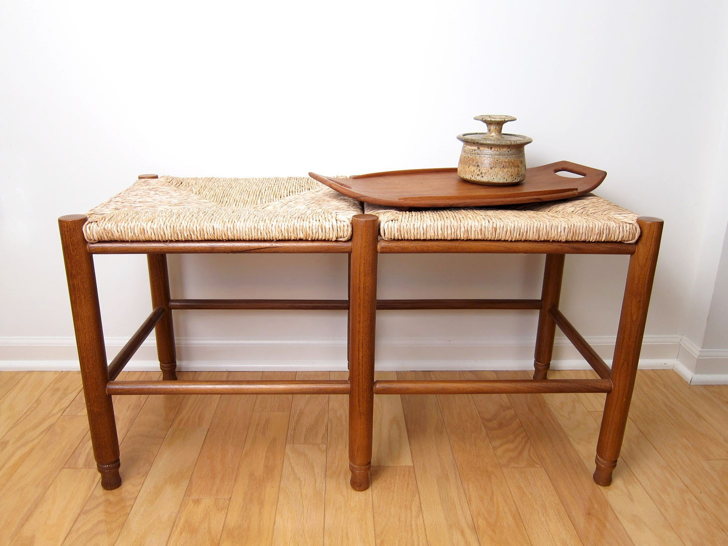 Vintage Occasional Bench Rush Seat Bedroom Bench Woven