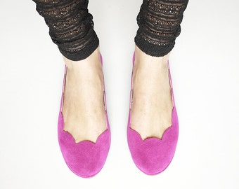 Ballet Flats Shoes in Cyclamen Soft Suede Scalloped Slip on