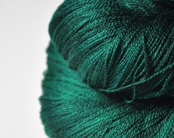 Pestled emerald - Merino/Silk/Cashmere Fine Lace Yarn