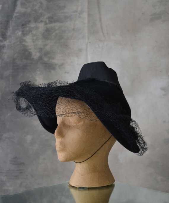 1940s Wool Felt Witchy Hat