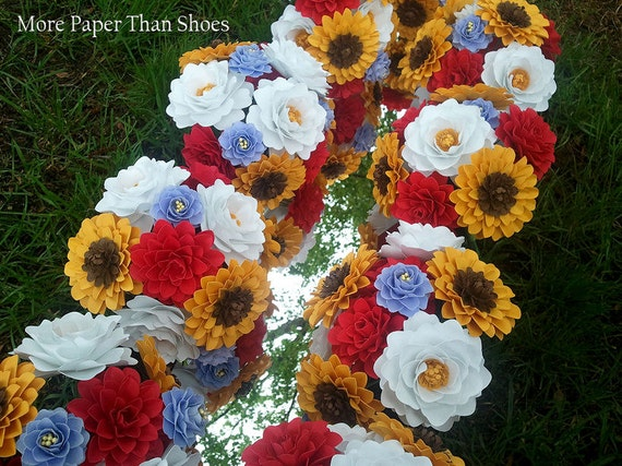 Handmade Paper Flowers - Bouquets - Table Decorations - Centerpieces - Wild Flowers - Set of 10 Bundles - Customize Your Colors