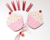 Children's Artwork display hanger- Cupcakes- Pink wall art for girls - kids art hanger, baby shower decoration