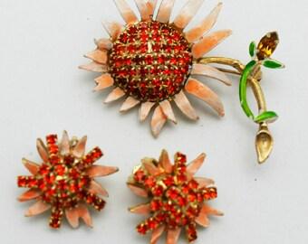 Vintage Weiss Spring Flower Brooch Set