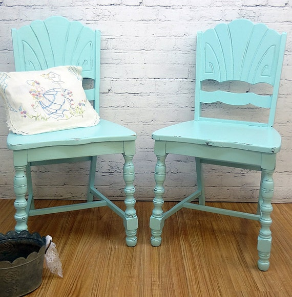shabby chic accent chairs