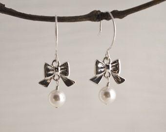 Rocker Chick Bow with Pearl Earrings - SAMPLE SALE