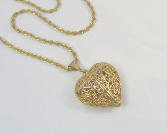 Vintage Heart Pendant Necklace Gold Tone Filigree Puffy Openwork Twisted Chain