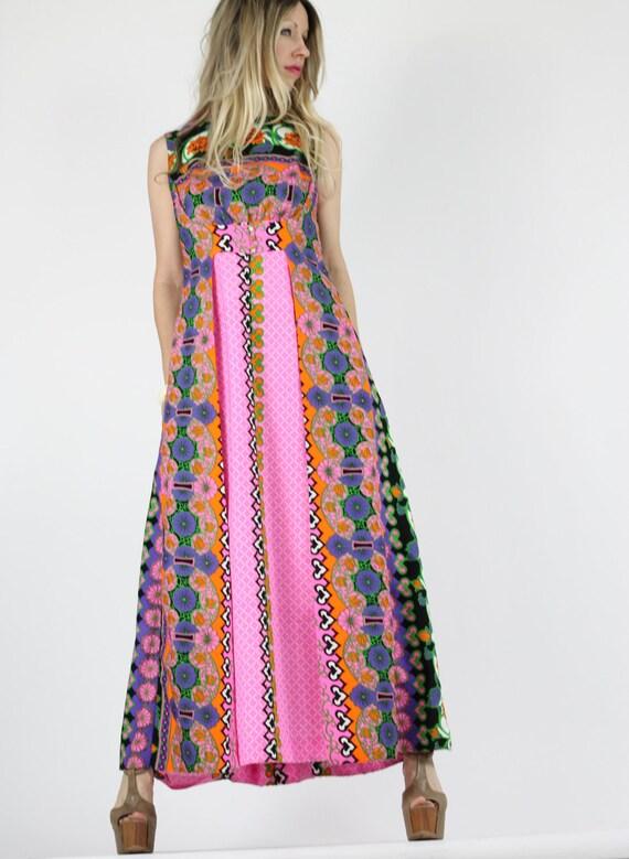 Vintage 60s Dress Graphic Op Art Mod Maxi