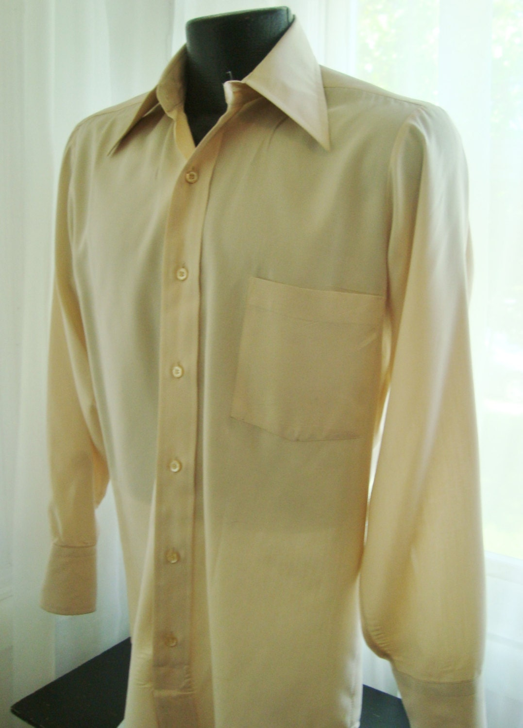 Men's 1970's Cream Colored Dress Shirt Size Large by ...