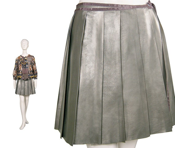SILVER LEATHER SKIRT silver skirt / silver pleated skirt / Metallic leather / skater skirt / Pewter / flared skirt