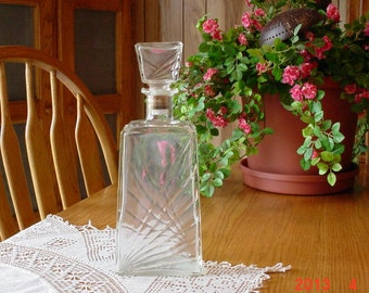 Vintage Refillable Glass Wine Decanter