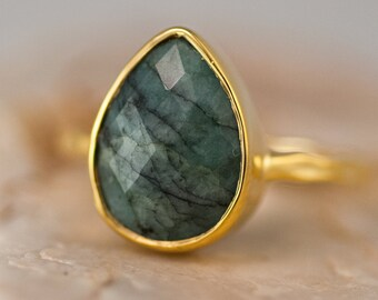 Raw Emerald Ring - May Birthstone Ring - Tear Drop Solitaire Ring - Gemstone Ring - Stacking Ring - Gold Ring